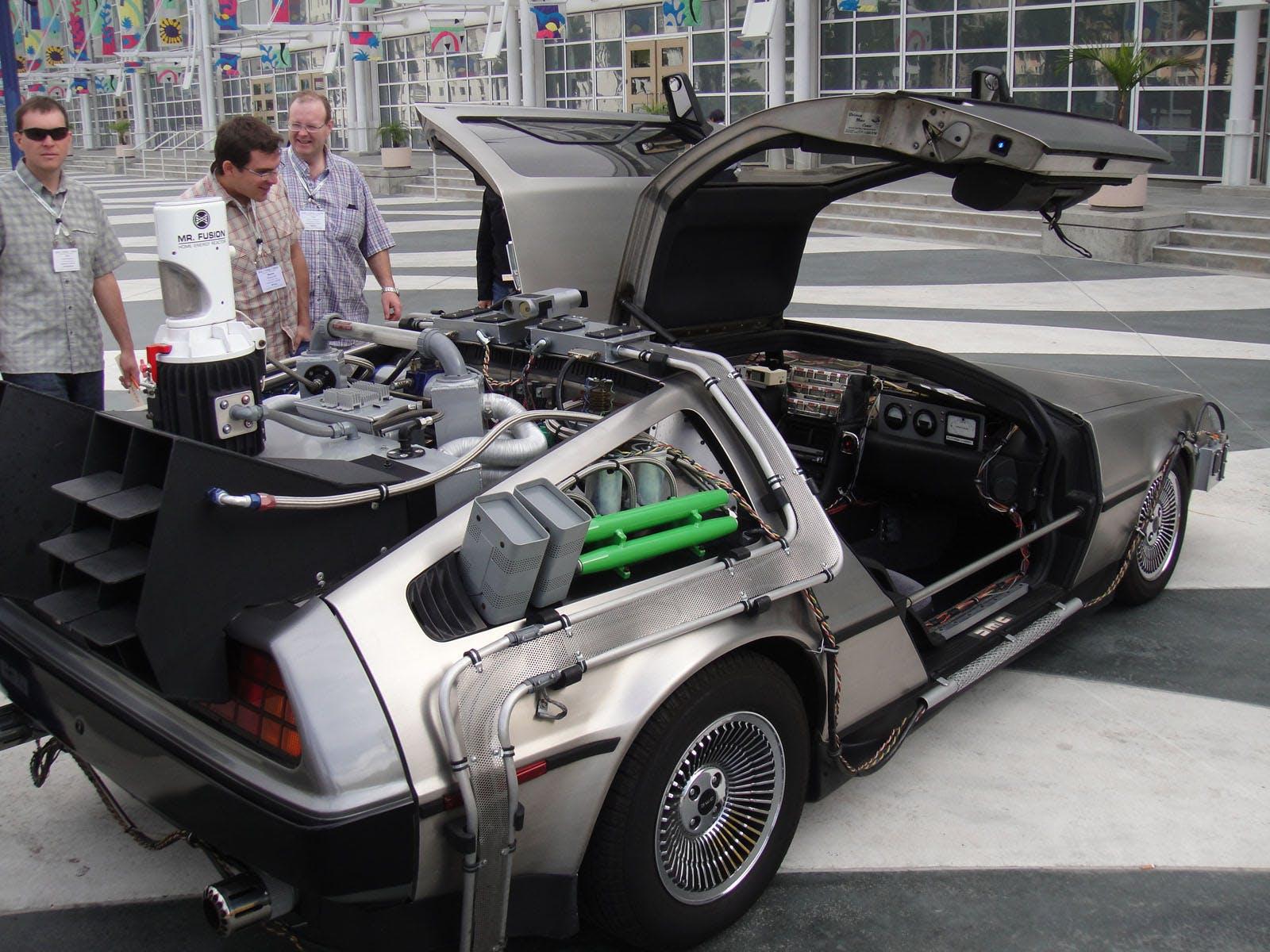 Back_to_the_Future_II_Delorean_rear_(5134039427).jpg