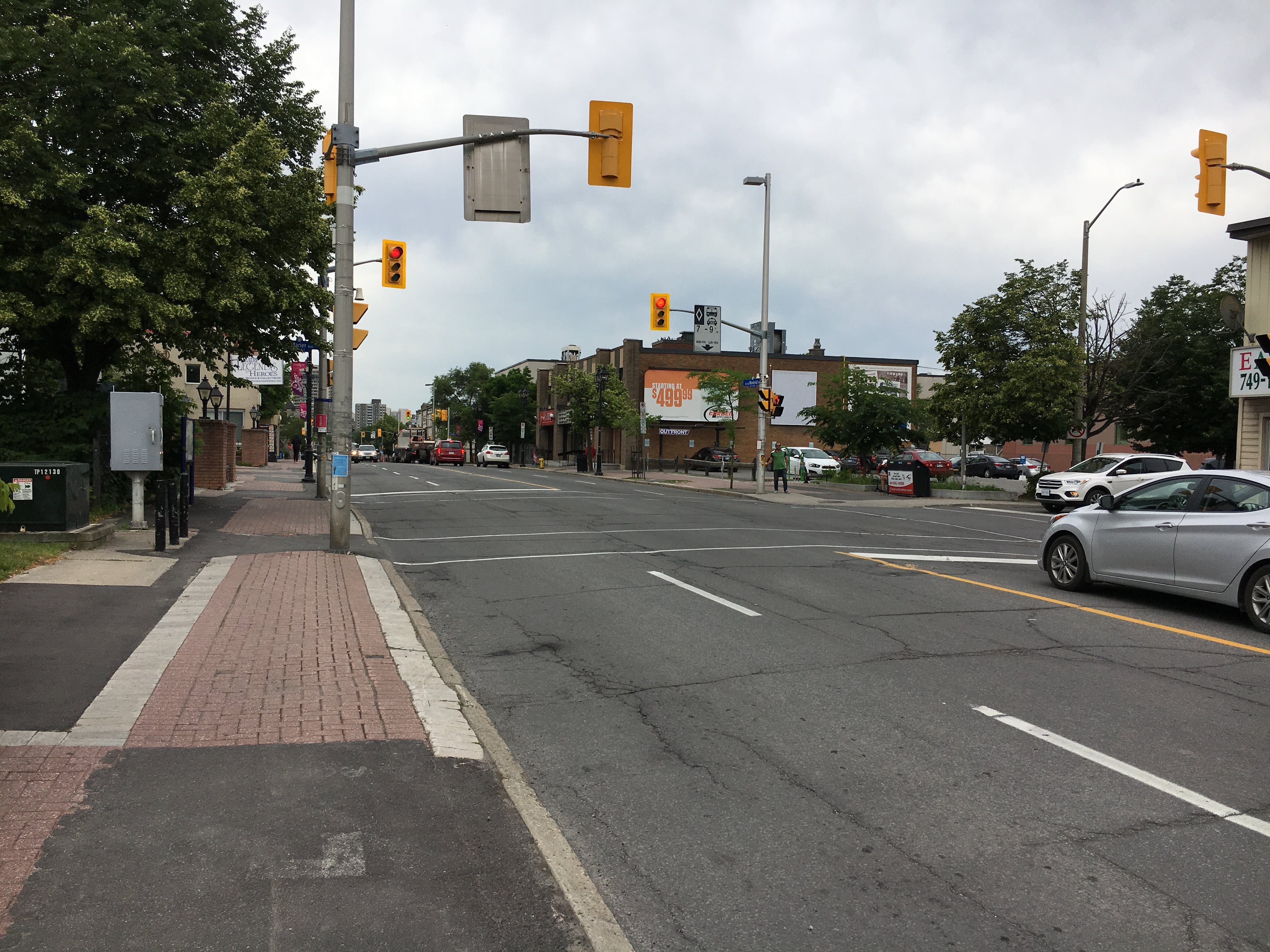 Montreal Rd