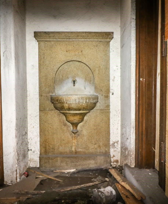 Fountain at entry vestibule