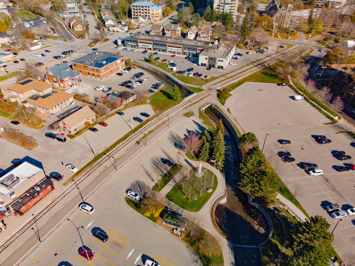6-Greenway_Cenotaph area.jpg