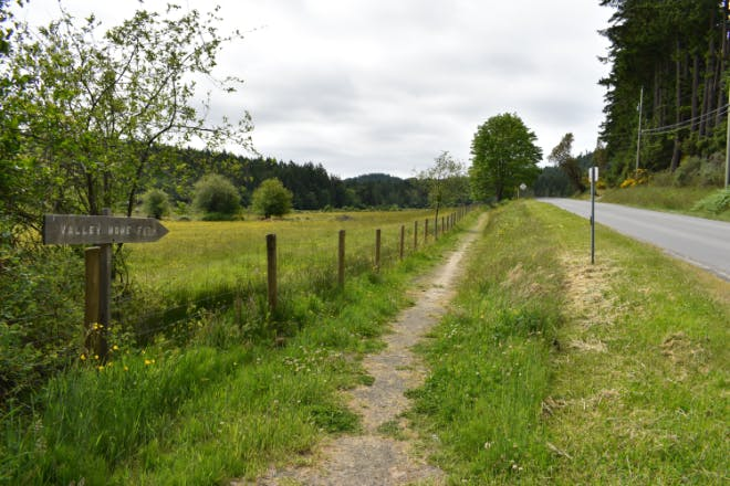Pender Island Community Trail