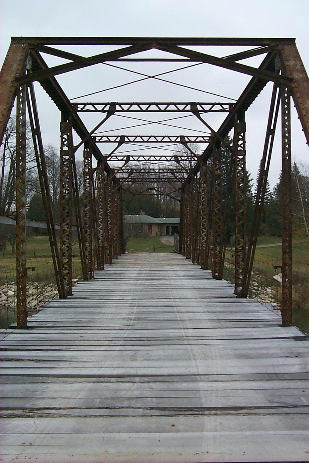 Stanley Piper Street Steel Truss Bridge