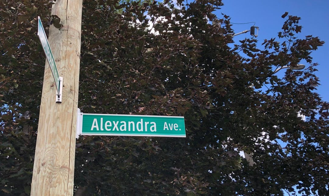 Alexandra Avenue street sign