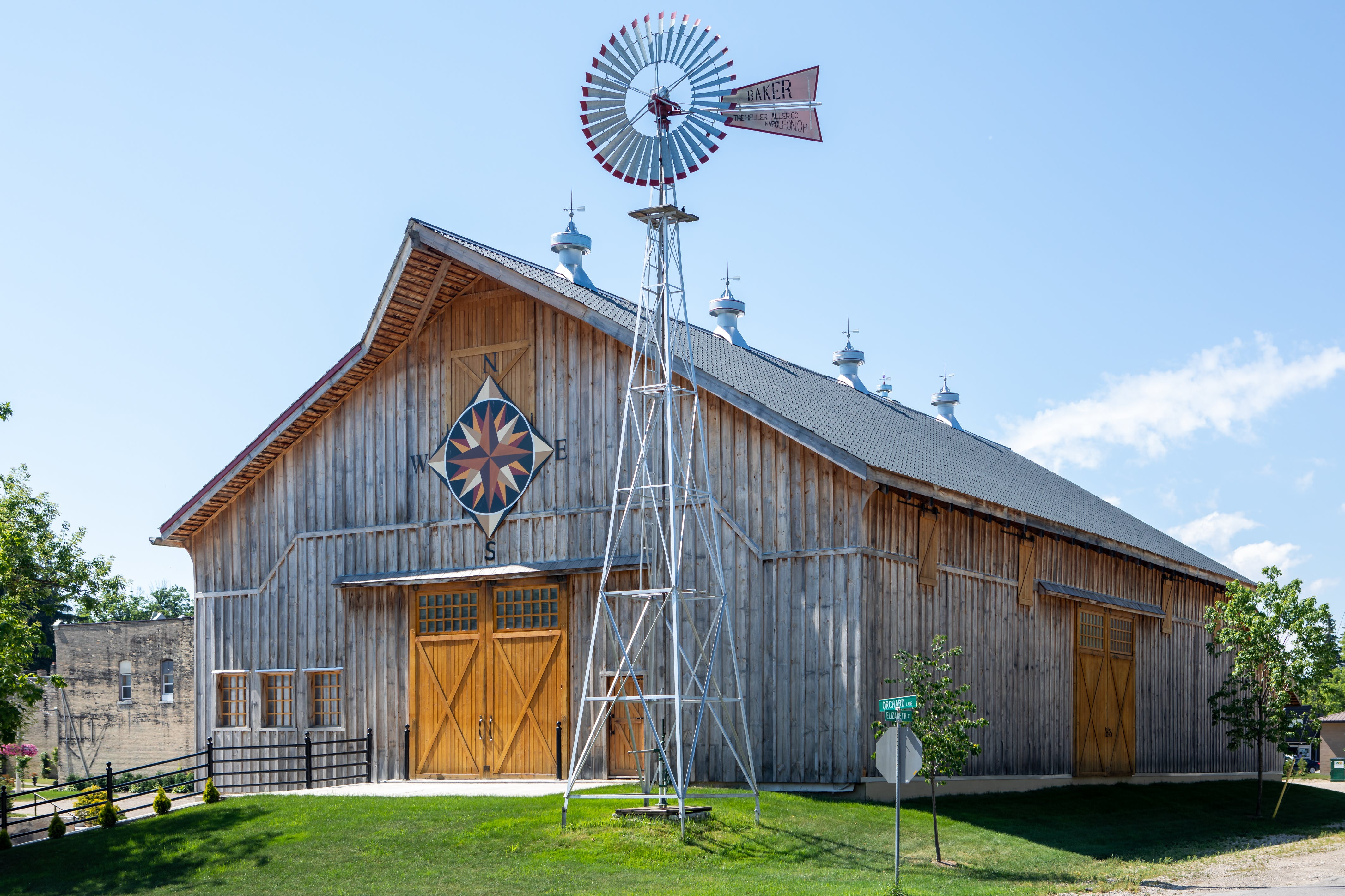 Brussels Four Winds Barn