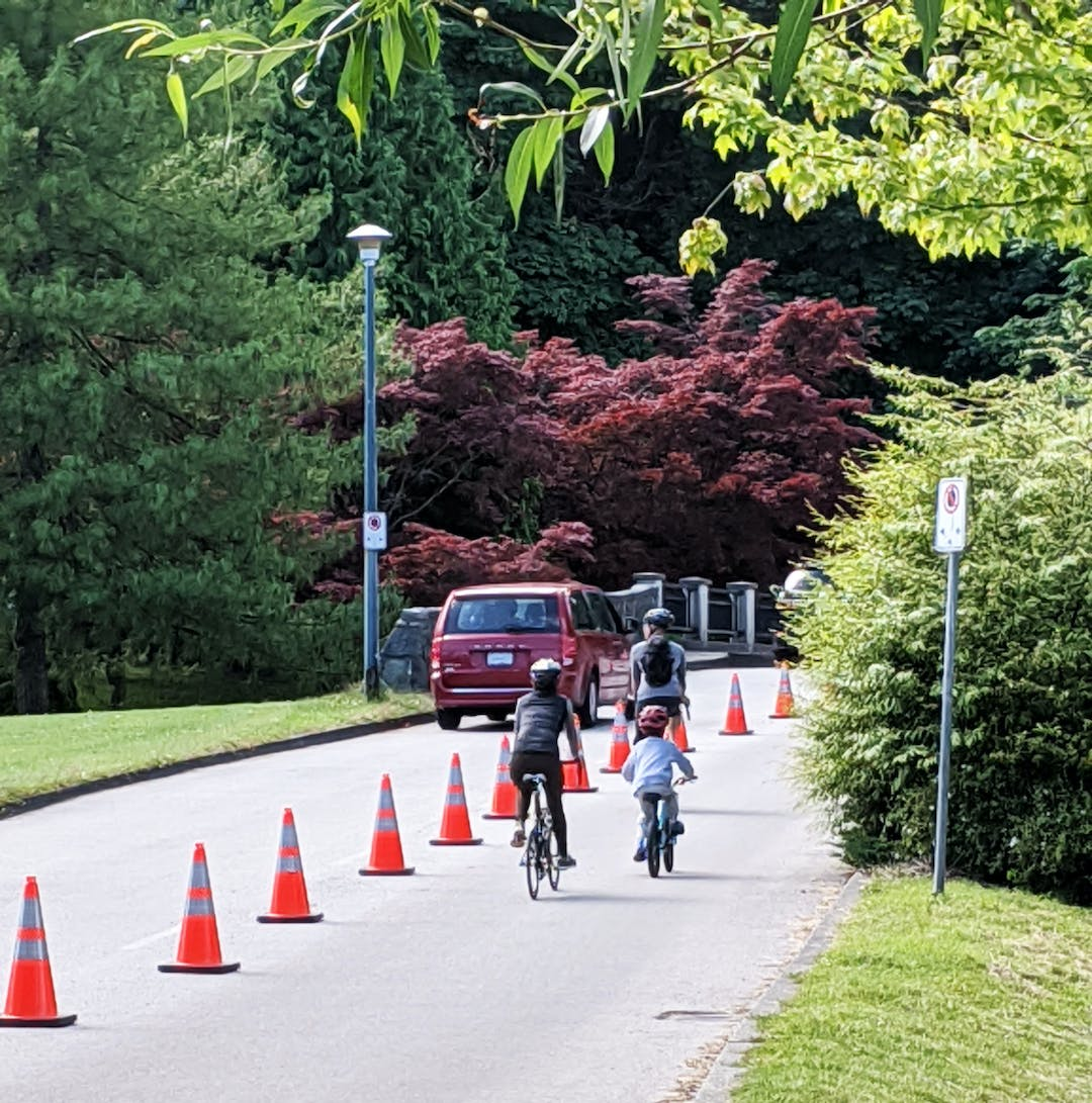In March 2020, Stanley Park roads were closed to vehicle traffic as a response to the COVID-19 pandemic in order to keep the seawall more open to pedestrians to stay socially distant.