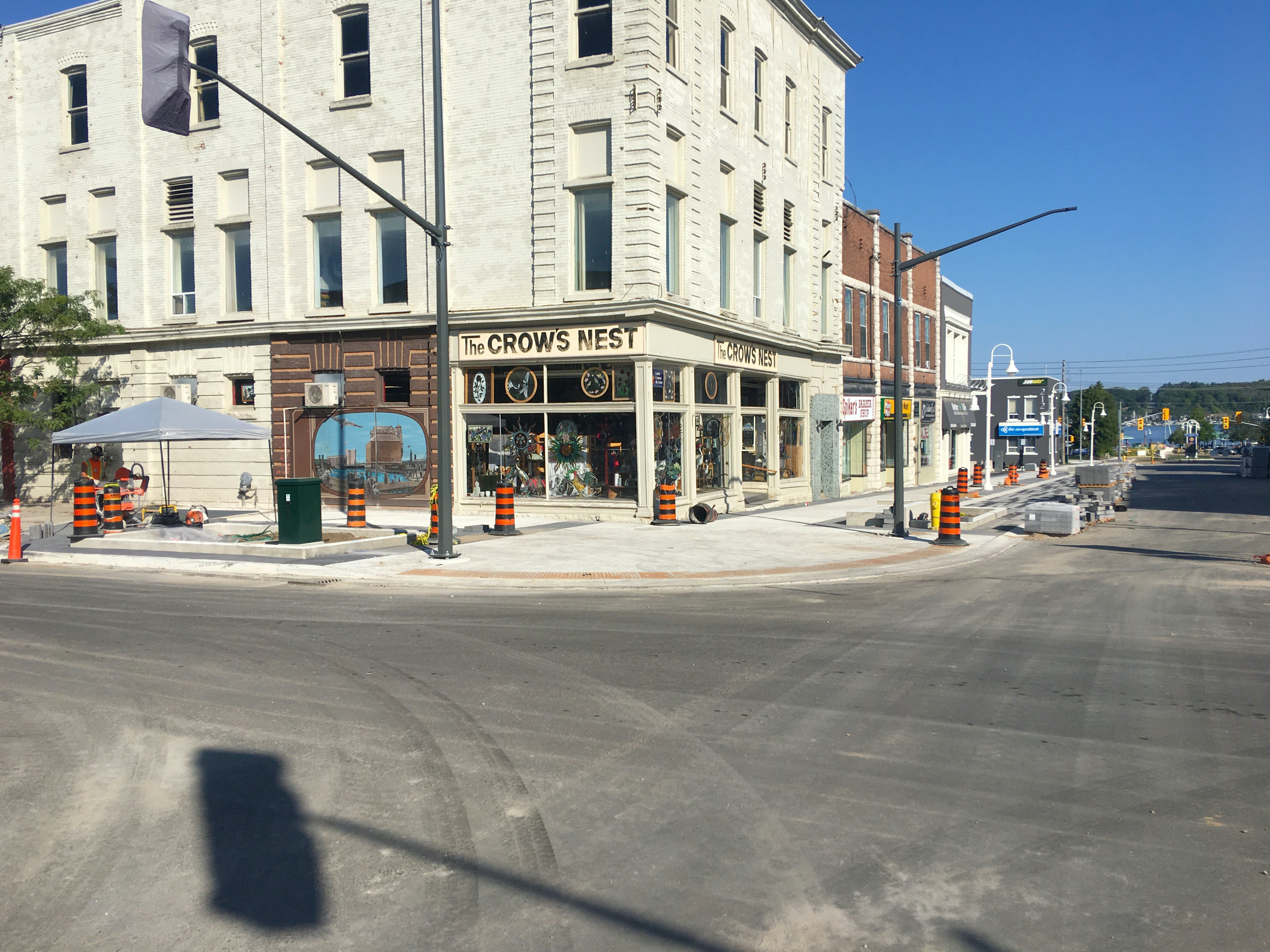 New signalized intersection at King Street & Dominion Avenue