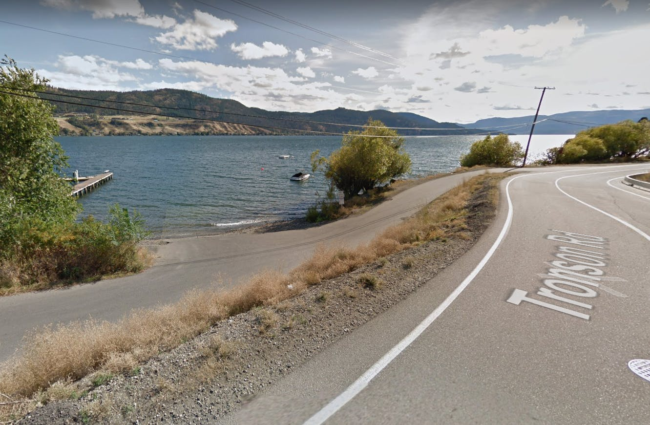 BoatLaunch_StreetView2.PNG