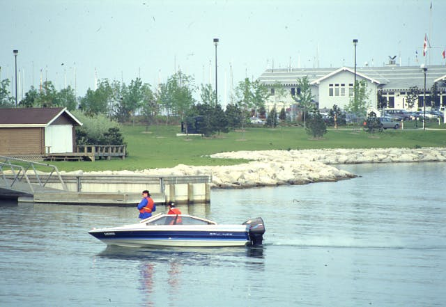 1992 Lakefront Promenade Park Lakeview Ml Rp0051