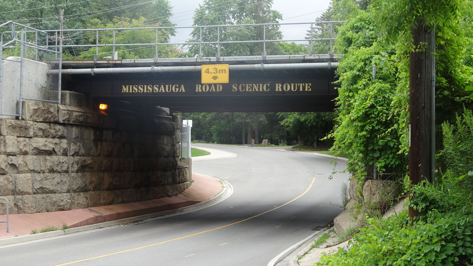 Mississauga rd scenic route 1