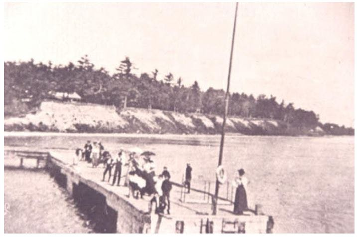 The wharf at what would later become Lorne Park, circa 1905