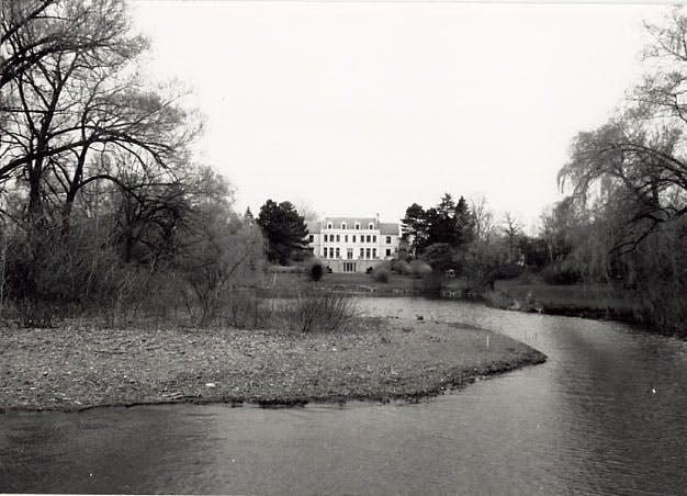 1989 Gairdner Estate South View Ml Ph1855