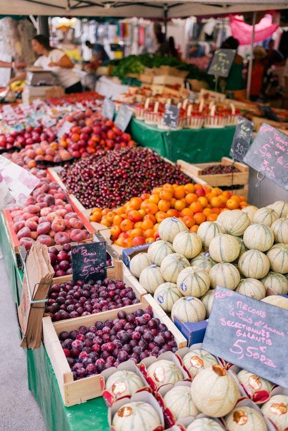 Outdoor Farmer's Market