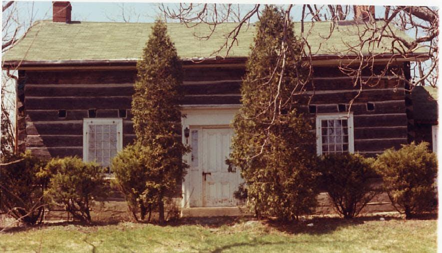 1982 Leslie Log House Ml Mc0303