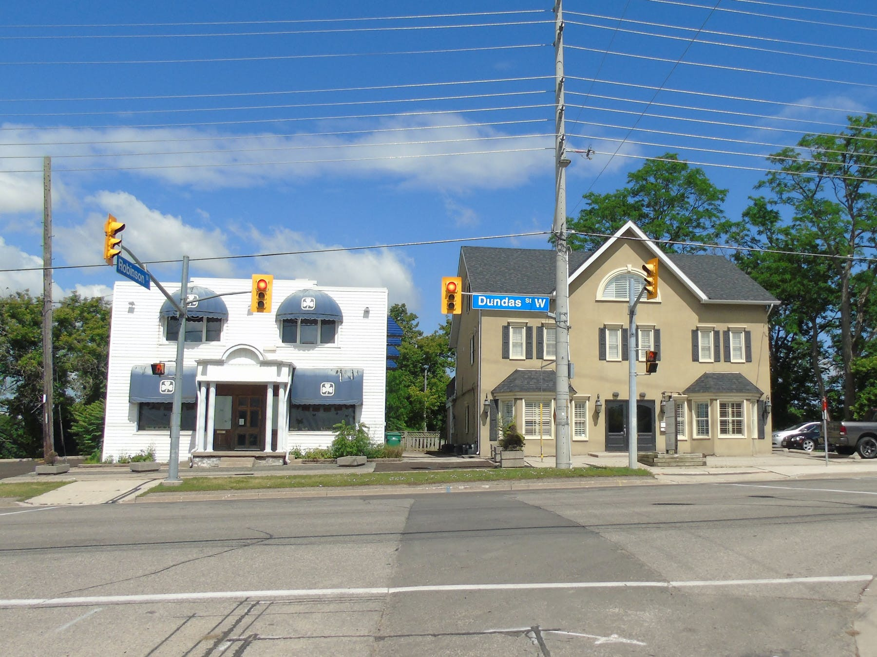 Dundas Street in Erindale Village