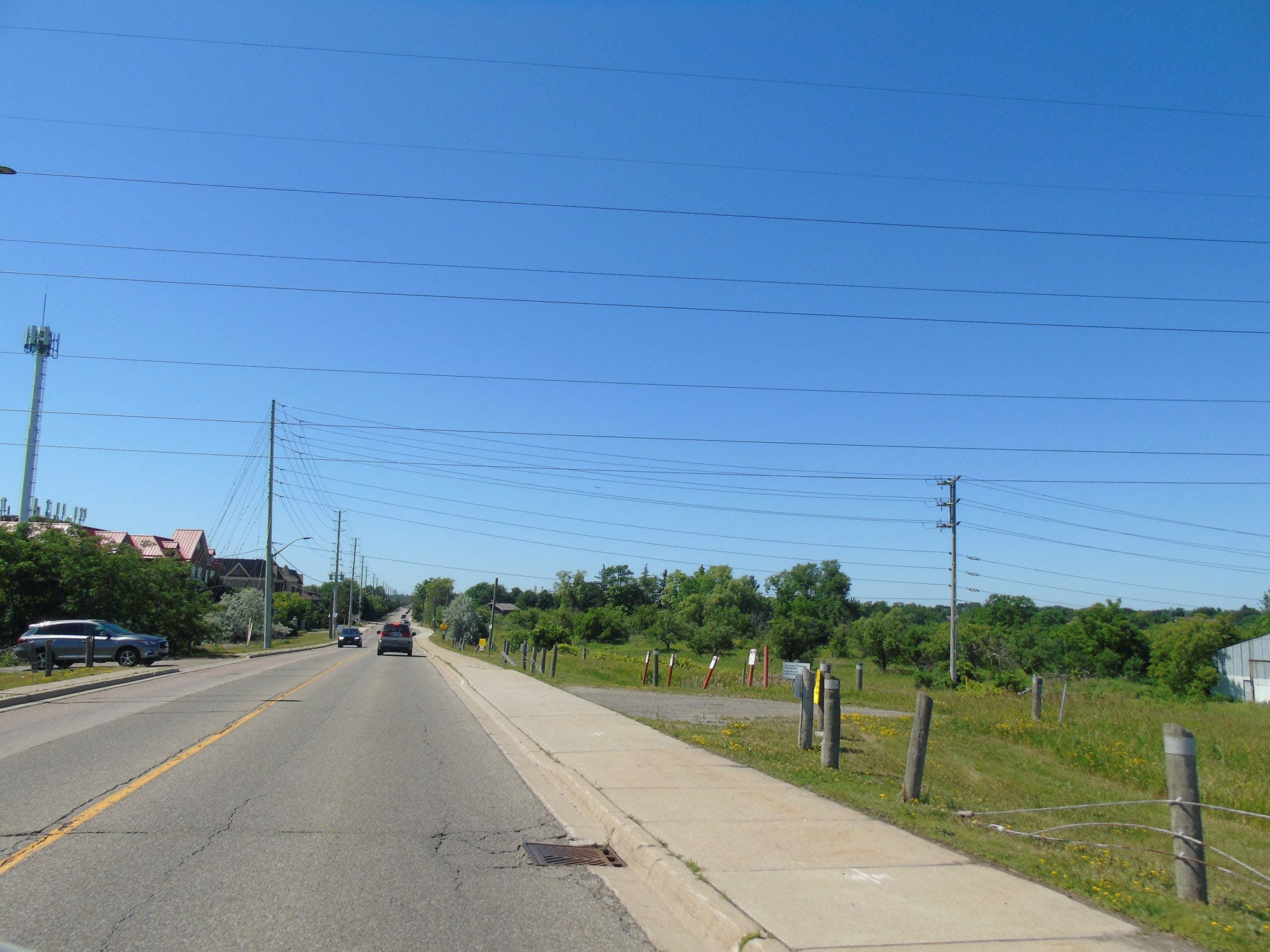 Scenic views along Mississauga Road