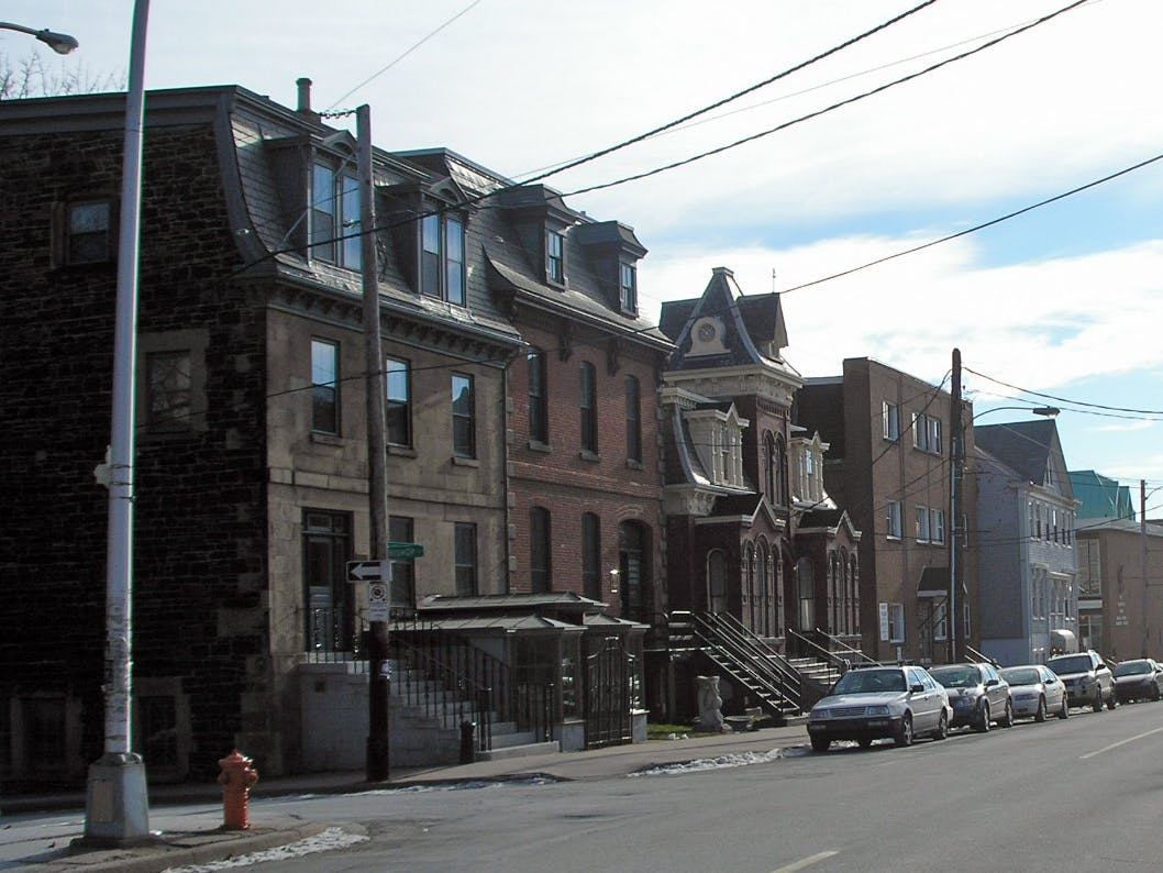 Transition of architectural styles within the District