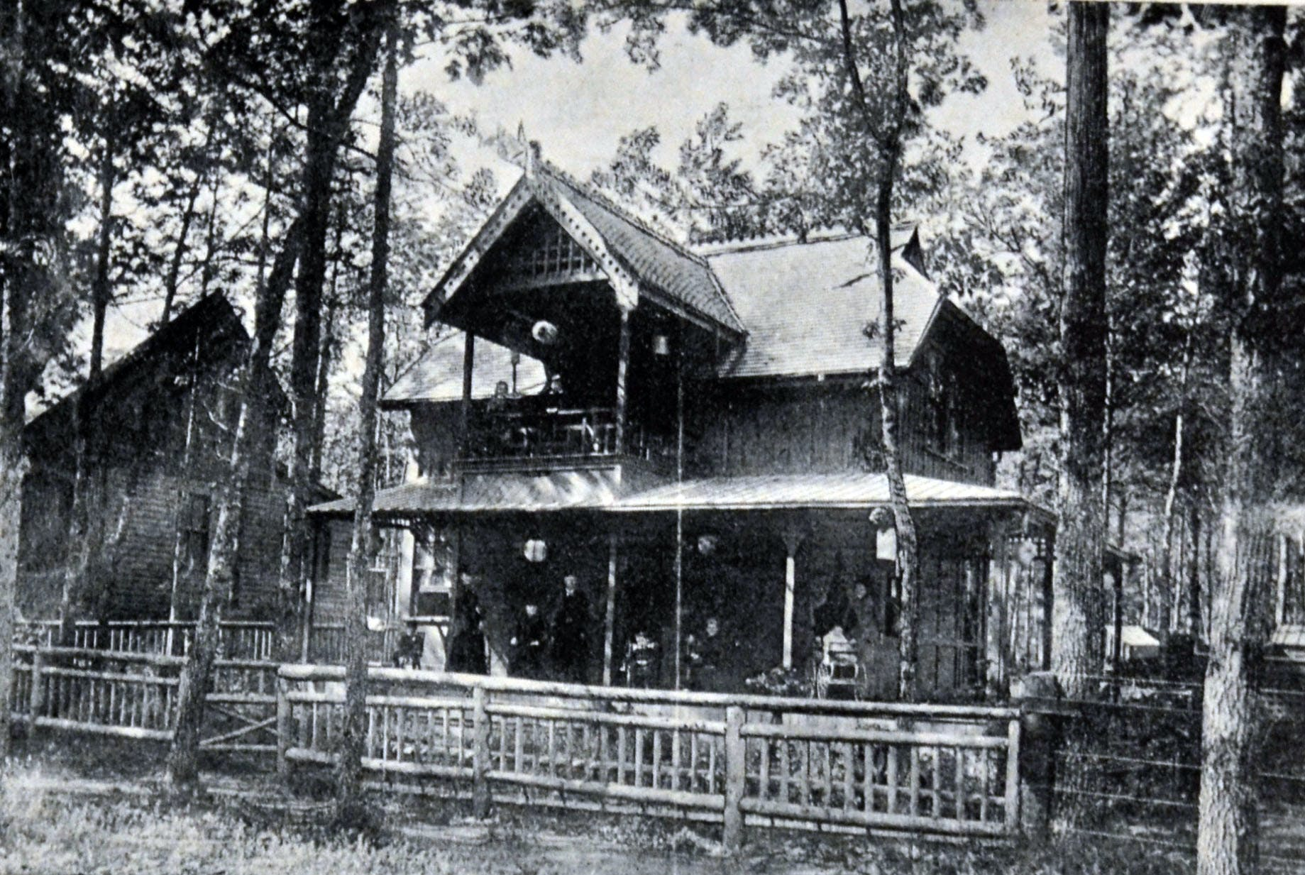Earlescourt Cottage, Earls Residence, circa 1900