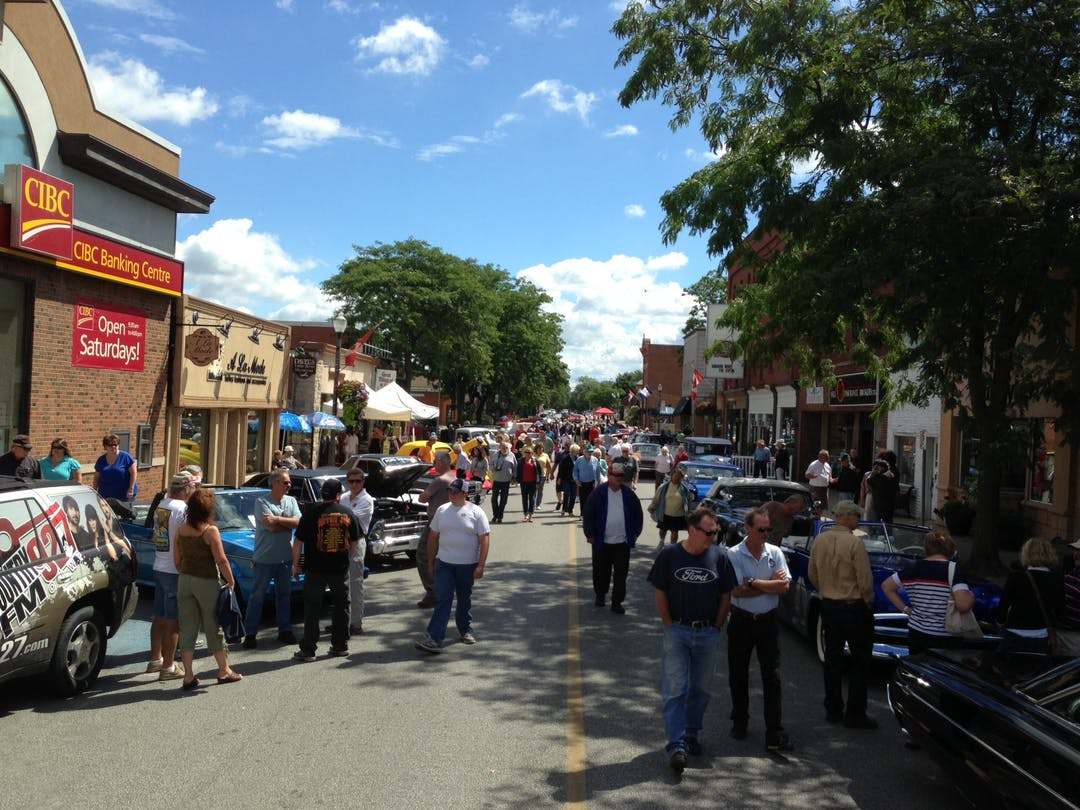 Image of the streetscape of Dalhousie Street during Amherstburg's Gone Car Crazy event.