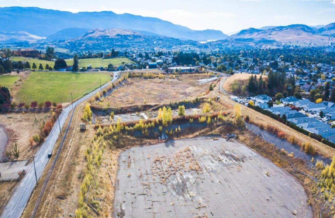 The Official Community Plan calls for a small lot neighbourhood to be built on the lands at 901 39th Avenue. Let us know what you think of the development concept.